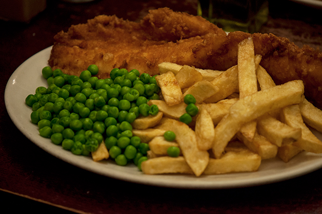 golden_hind_fish_and_chips_london_04