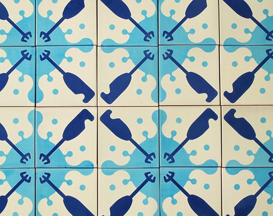 tiles_batedora_blue_1