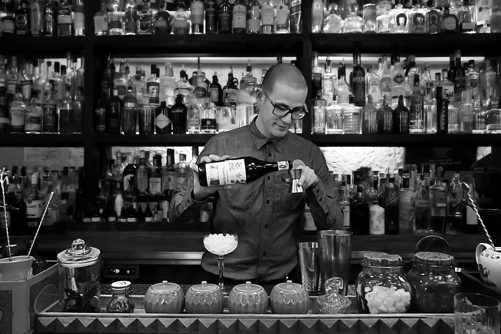 Barman_1355 _BBG