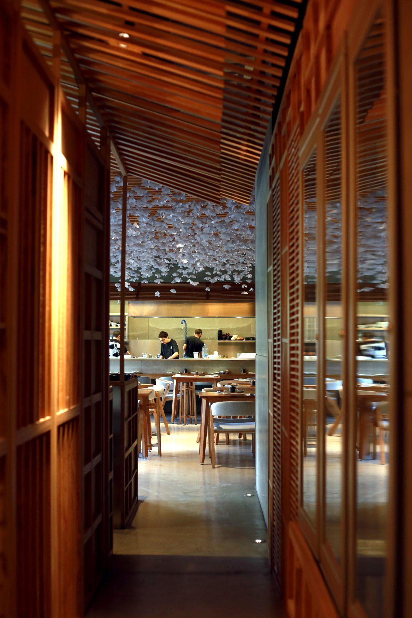 Nozomi-sushi-bar-local-3