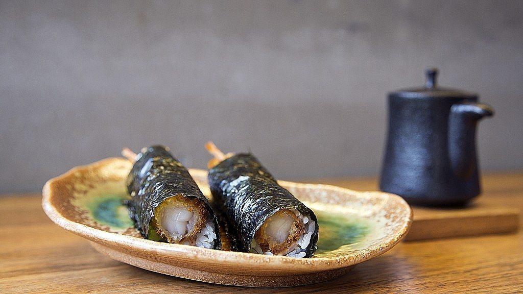 Nozomi-sushi-bar-temaki-tempura-gamba