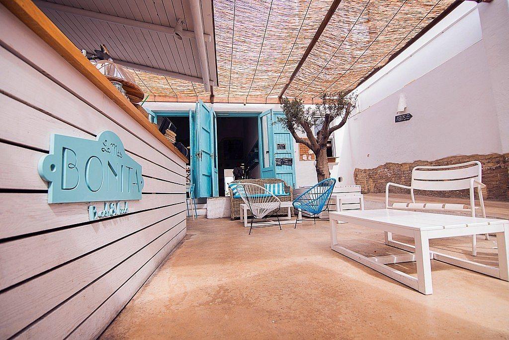 la-mas-bonita-terraza-interior-barra