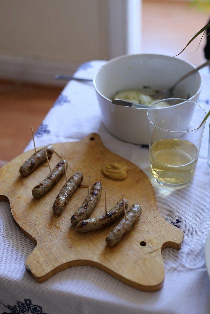 12 - Salchichas de Nuremberg + Ensalada de pepino