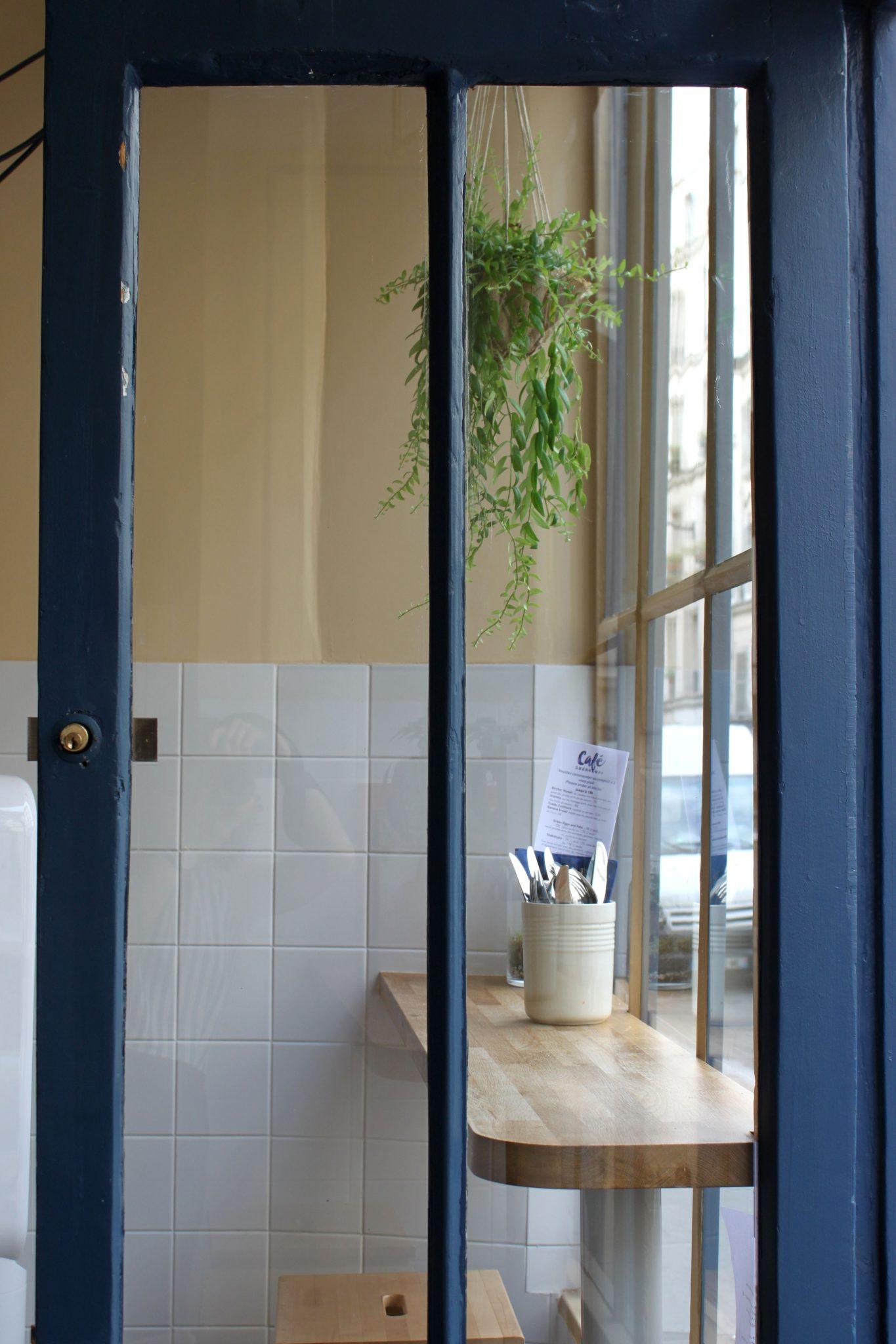 Café Oberkampf -puerta