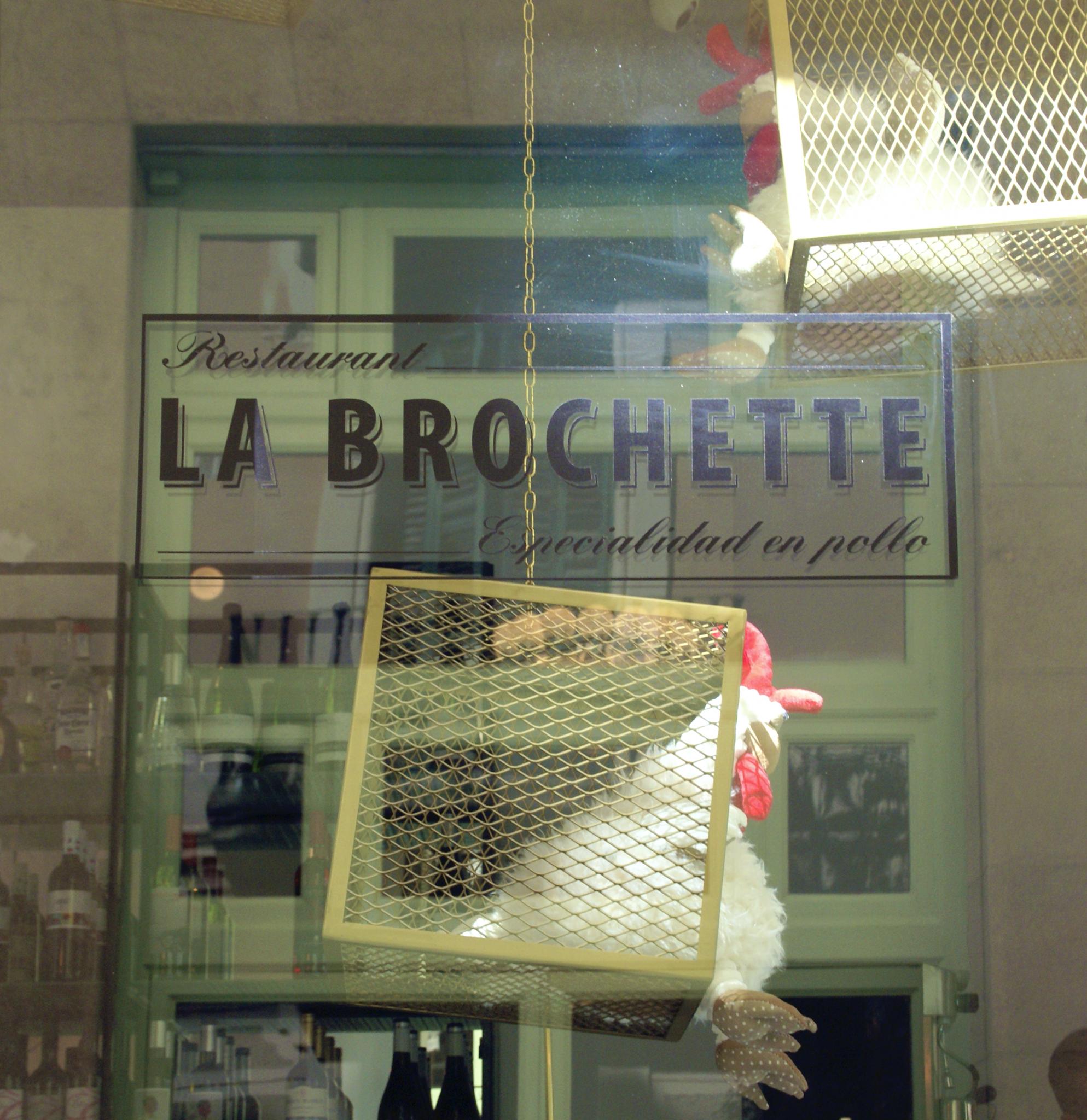 LaBrochette - front2