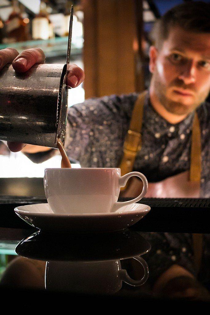 PDT BCN_0397 Cafe Coretto Preperando