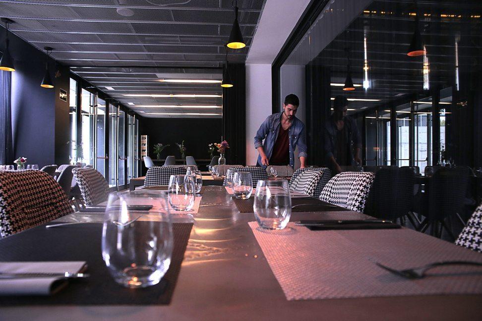 Restaurante-Mui-local-mesas