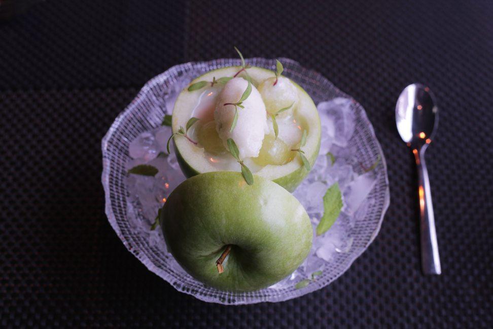 Restaurante-Mui-manzana-texturas