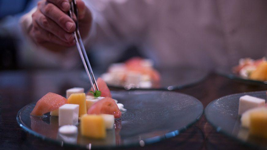 restaurante-saez-emplatado-detalle-ensalada